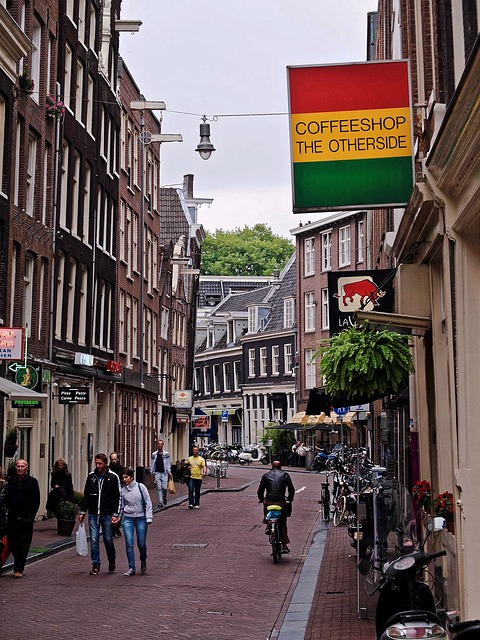 coffee shops in amsterdam